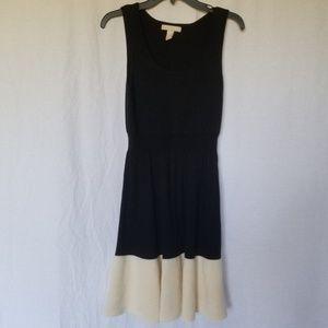 BANANA REPUBLIC KNIT SLEEVELESS DRESS M.